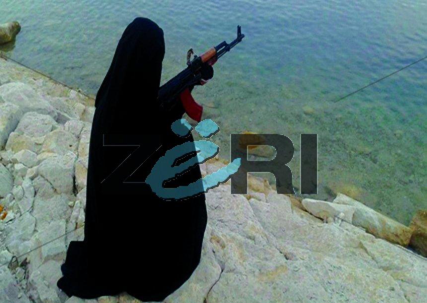 FOTOT/ Gratë shqiptare që luftojnë në Siri