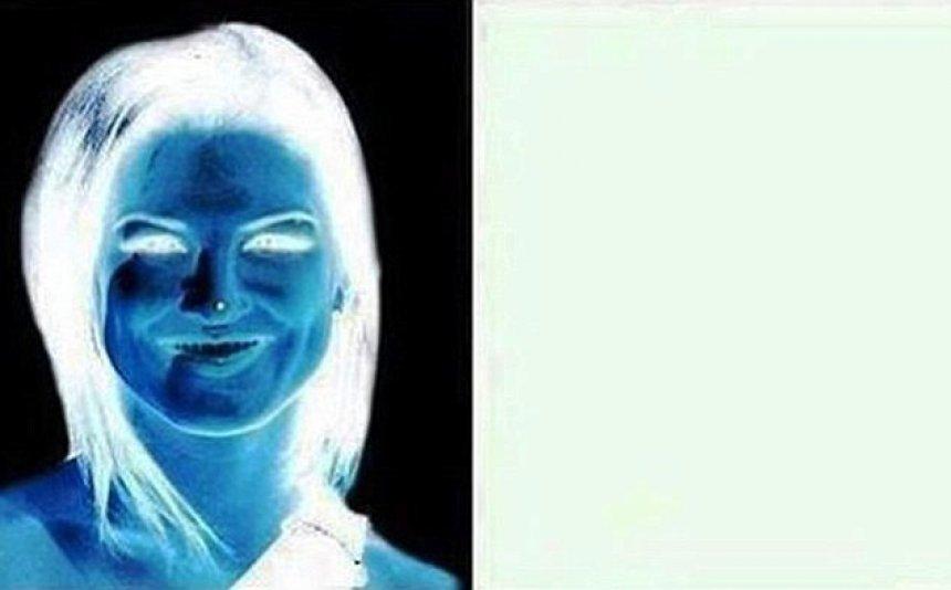 harrojeni-fustanin-ky-iluzion-optik-po-cmend-internetin