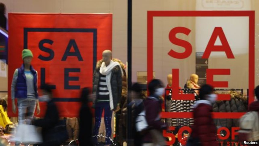 dyqanet-mashtrojne-konsumatoret-ja-si-dhe-kur-e-bejne-ate