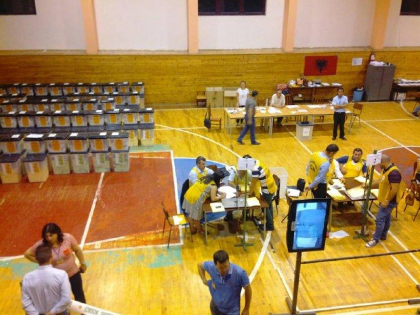 Rezultatet për 52 bashki - 38 fitohen nga kandidatët e majtë, 13 nga të djathtët