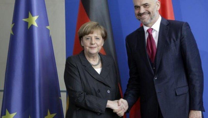 Analistët: Edi Rama opsion i Merkelit për lider të Ballkanit perëndimor