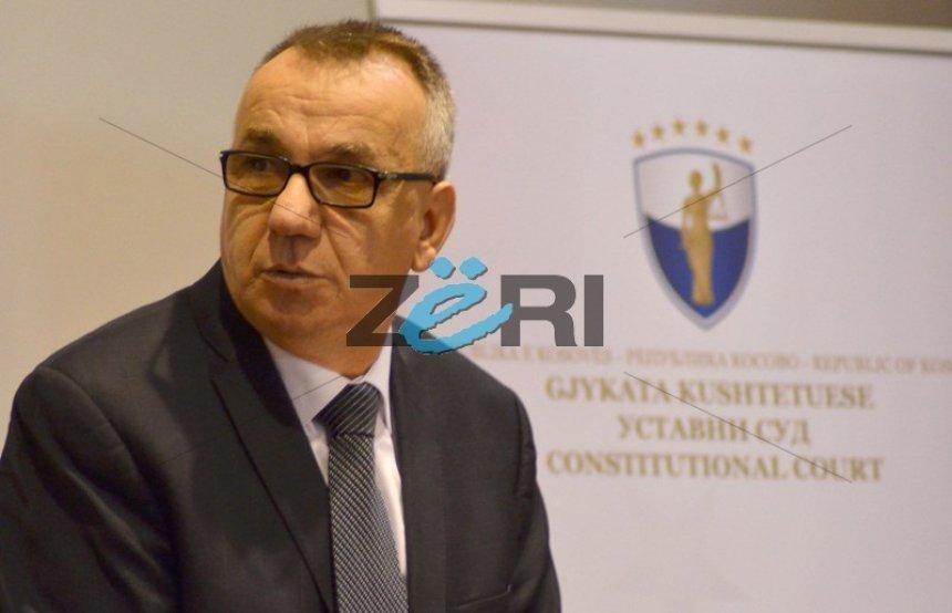 Enver Hasani edhe dy javë në Kushtetuese