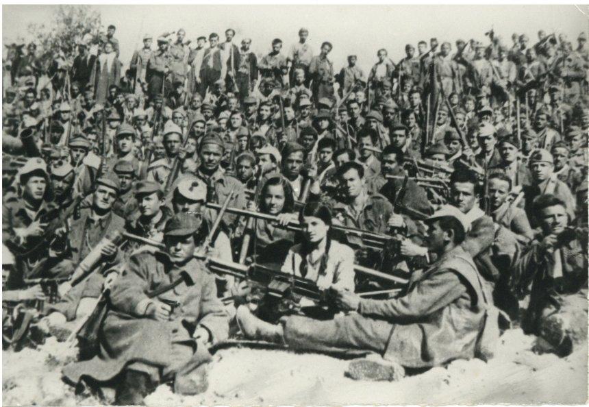 Gruaja në luftë, një mrekulli shqiptare!