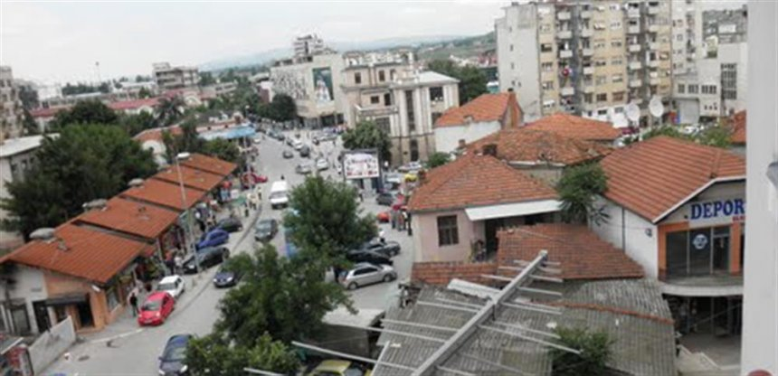 Lirohen rrugët e bllokuara në Kumanovë