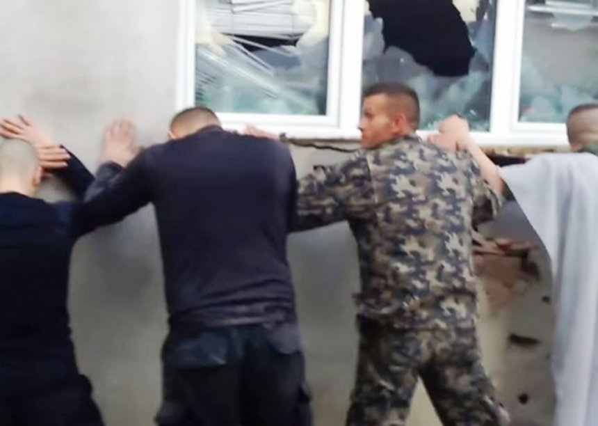Publikohen emrat e 28 të arrestuarve, 16 nga Kosova
