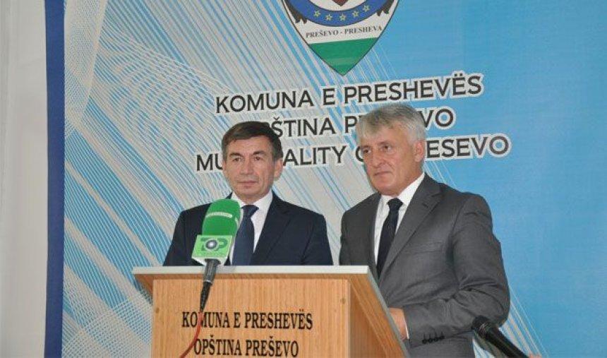 bajrami-i-bindur-se-tekstet-shqip-nuk-do-te-konfiskohen-nga-serbet