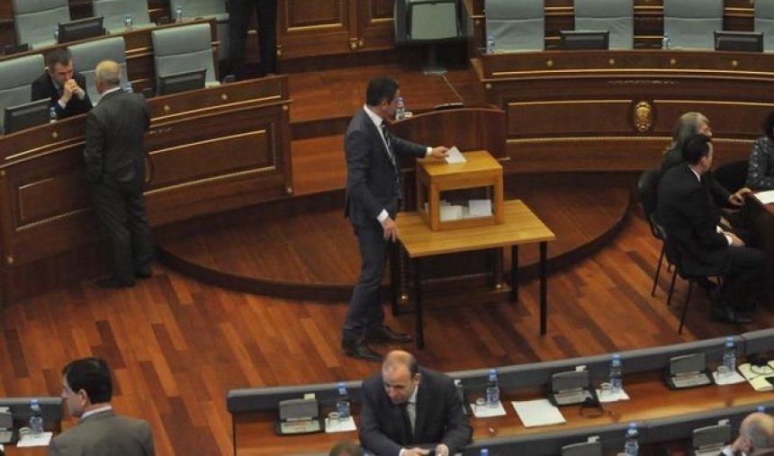 Gresa Caka-Limani zgjedhet gjyqtare në Kushtetuese