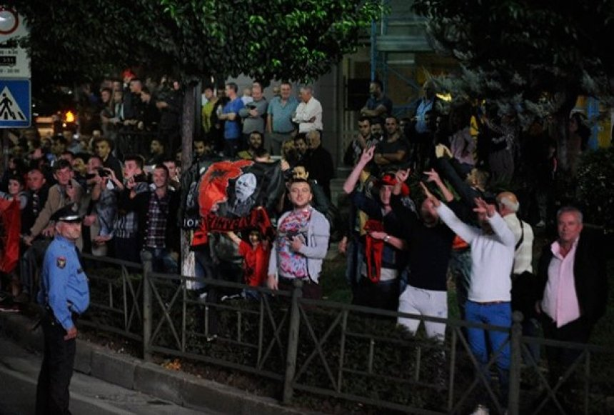 cmenden-mediet-serbe-terroristet-shqiptare-po-kercenojne-serbine