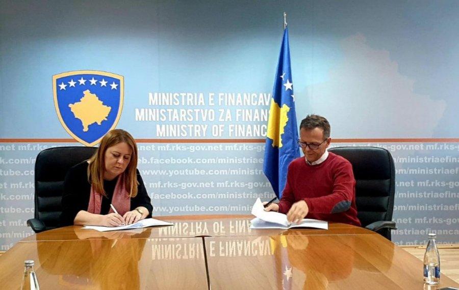 توافق نامه ای برای کمک هزینه ی تضمین منعقد شده است