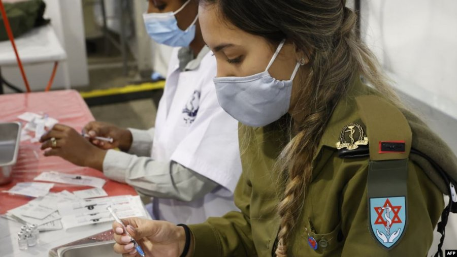 اسرائیل قصد دارد تا پایان ژانویه 2 میلیون نفر را واکسینه کند