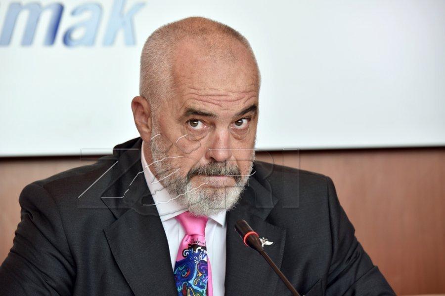 آلبانی 1900 واکسن به کوزوو اهدا خواهد کرد