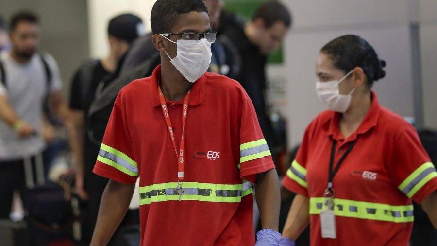 برزیل که به شدت ضربه خورده است ، واکسیناسیون را علیه ویروس کرونا آغاز کرده است
