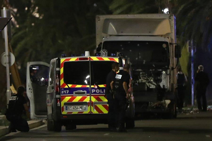 تحقیقات در مورد زن آلبانیایی مظنون به کمک به تروریست ها در نیس فرانسه آغاز شد