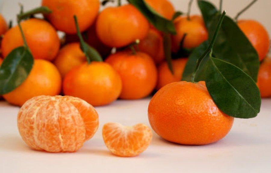 نقش نارنگی در برابر سفید شدن مو