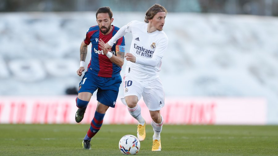 کمک انیس باردی به لوانته کمک می کند تا رئال مادرید را شکست دهد