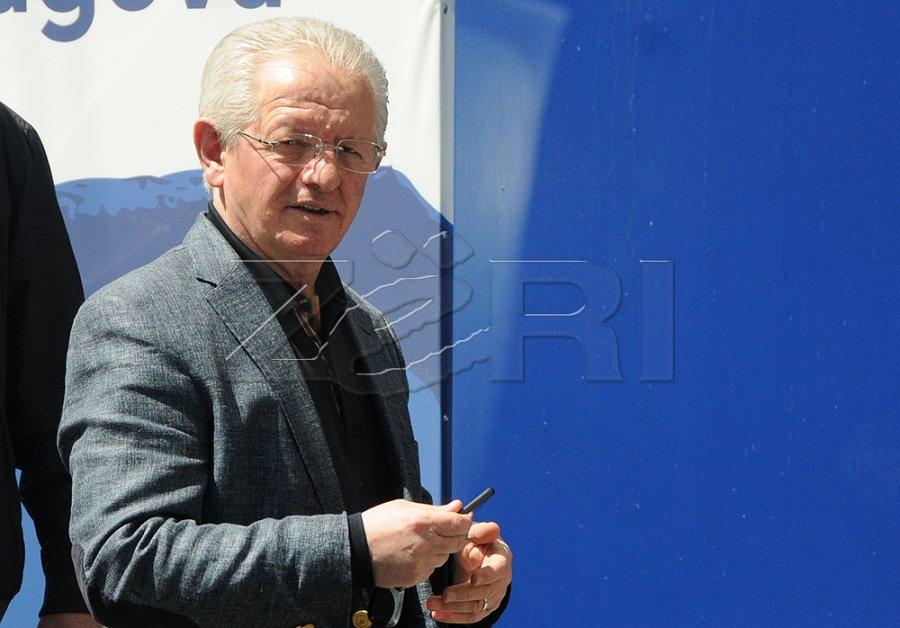 هیسنی: مقامات ارشد LDK بیش از غرفه داران LVV از کورتی محافظت و توان بخشی می کنند